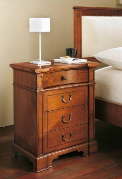 05.06.347_Bedside-cabinet