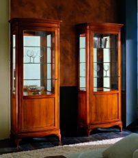 10.05.261_Display-cabinet