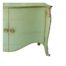 696B COMMODE BUFFET DETAIL