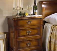BEDSIDE-CHEST-9031_Grüerien