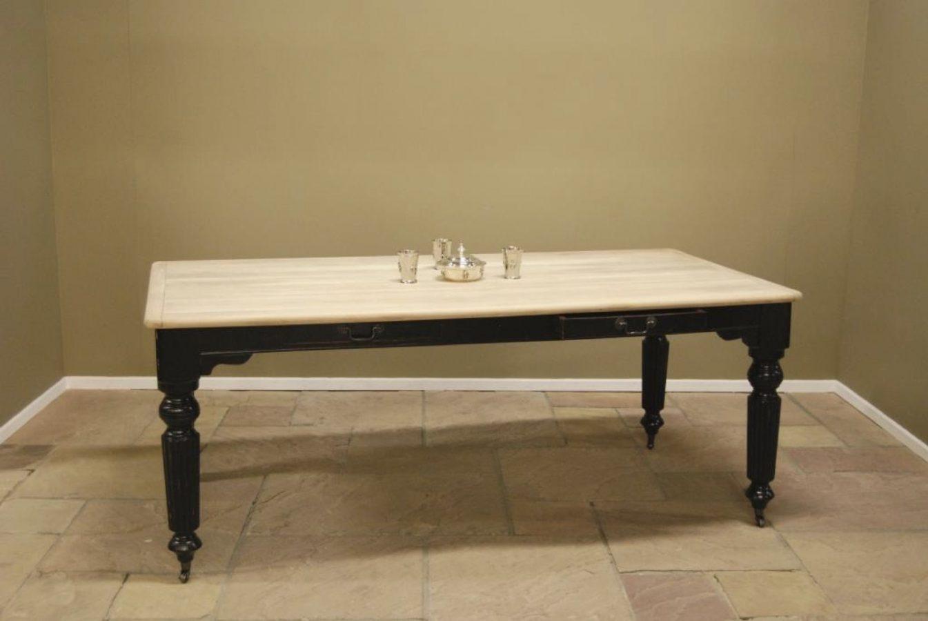 Table Monte Cristo CB Unfinished